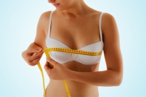 L'asymétrie mammaire : comment la corriger ?
